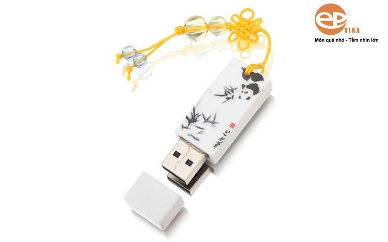 Một số mẫu quà tặng USB khác